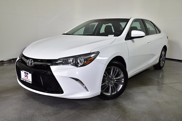 Pre Owned 2016 Toyota Camry SE 4dr Car in Las Vegas 2654
